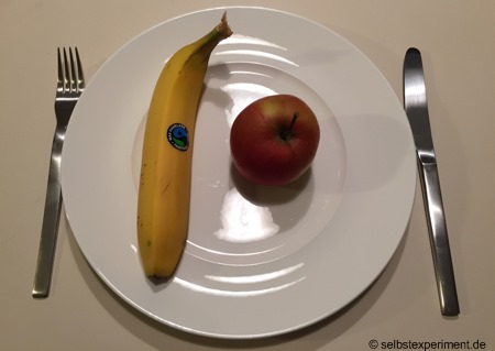 Hauptmahlzeiten mit Banane und Obst